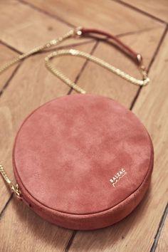 Luxury Bags, Luxury Handbags, Fashion Handbags, Fashion Bags, Prada Handbags, Prada Purses, Luxury Purses, Burberry Handbags, Trendy Purses