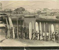 First European surf club early in Biarritz France Vintage Surfing, Surf Vintage, Vintage Sport, Bilbao, Surf Biarritz, Vintage Surfboards, Destinations, Summer Surf, Basque Country
