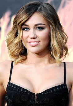 Looking for Cool Miley Cyrus hairstyles? Here we present you trendy and cool hairstyles for young and flamboyant girls. Check out these awesome Miley Cyrus hairstyles. #Hairstraightenerbeauty #CoolMileyCyrusHairstyles #CelebrityHairstyles