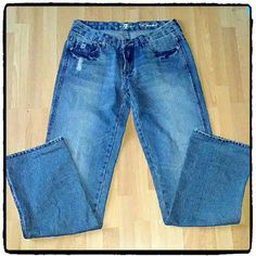 """7 for all Mankind """"A"""" POCKET JEANS Excellent like new condition. Inseam measures 32 inches. Material 100% cotton. B9 7 for all Mankind Jeans Straight Leg"""
