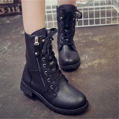 Barato Novo inverno botas mulheres sapatos de couro PU motocicleta martin botas senhoras moda botas mujer outono sapatos, Compro…