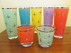 Uknown Vintage Starburst Glasses (AquaOwl) Tags: vintage gold glasses starburst midcentury glassware tumblers mcm vision:text=0635