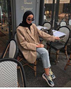 Ideas fashion hijab summer outfit ideas for 2019 6 Modest Fashion Hijab, Modern Hijab Fashion, Street Hijab Fashion, Casual Hijab Outfit, Hijab Fashion Inspiration, Hijab Chic, Muslim Fashion, Fashion Outfits, Sport Fashion