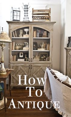 How to antique furniture. It's super easy!  www.cedarhillfarmhouse.com #antiquingfurniture