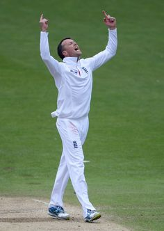 Swann (Eng) 6 wickets, took his 15th five-wicket haul in Tests, vs New Zealand, 2nd Test, Headingley, 5th day, May 28, 2013