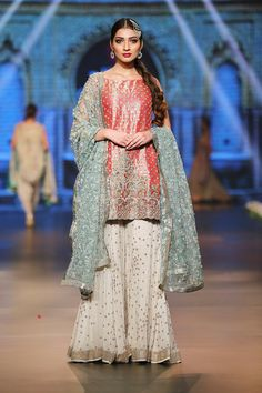 For details please whatsapp me 00923064010486 Latest Bridal Dresses, Bridal Wedding Dresses, Wedding Wear, Pakistani Bridal Dresses, Pakistani Outfits, Indian Designer Outfits, Designer Dresses, Shadi Dresses, Indian Bridesmaids