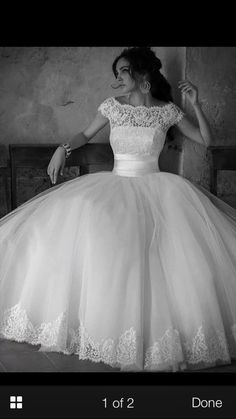 Boat neck lacy wedding dress