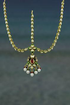 TRENDY  VILANDI  MATHA PATTI IN RUBY & EMERALD COLOR #Mathapatti #Indian #Jewellery #BridalJewellery