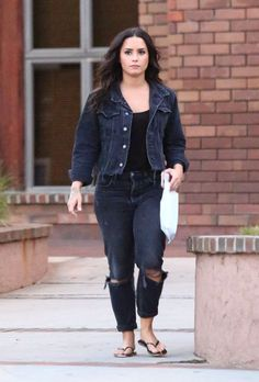 Demi Lovato spotted running errands in Los Angeles