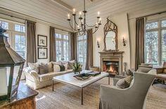 Southern Abode-Family Room - Stan Dixon Architect, Atlanta