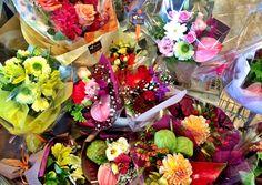芸術の秋に花で彩りとおめでとうの気持ちを送りましょう♪