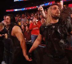 Roman Reigns Shield, Roman Reigns Tattoo, Roman Reigns Gif, Roman Reigns Shirtless, Le Shield, The Shield Wwe, Roman Empire Wwe, Wwe Bray Wyatt, Wwe Gifs