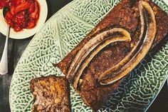 A cikket a Vénusz támogatta.  Imádjuk a banánkenyeret. Csak épp tavasszal nem jut eszünkbe készíteni, mert a hűvös, teagőzös, bekuckózós esték jutnak róla eszünkbe. Pedig valójában a banánkenyér egy szuper sütemény, amit könnyedén átfazonírozhatunk szezonális fűszerekkel, magokkal és… French Toast, Breakfast, Ethnic Recipes, Food, Morning Coffee, Essen, Meals, Yemek, Eten