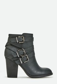 Grecia Shoes in Black - Get great deals at JustFab