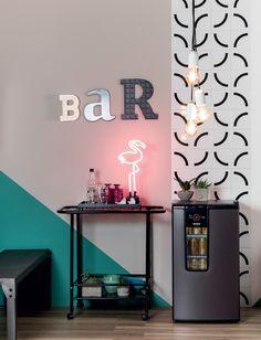Sala bem decorada para quem gosta de receber | CASA.COM.BR