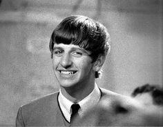 """The Beatles are a famous English band that originated in Liverpool, England. They became """"The Beatles"""" in 1960 and consisted of four very talented and incredibly influential musicians; John Lennon, Paul McCartney, George Harrison, and Ringo Starr. Great Bands, Cool Bands, Liverpool, Richard Starkey, The Fab Four, Gretsch, Ringo Starr, George Harrison, Lady And Gentlemen"""