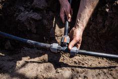 Pipelinesystem zur Gartenbewässerung verlegen Blog, Water Sources, Garden Hose, Fruit Garden, Trench, Flowers Garden, Faucet