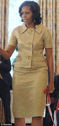 Dress michael kors Has Michael Kors stolen Michelle Obama's fashion heart? First Lady seen in his designs more than five times in two months Has Michael Kors stolen Michelle Obama& fashion heart? First Lady seen in his… Latest African Fashion Dresses, African Dresses For Women, African Print Dresses, African Print Fashion, African Attire, African Wear, Michelle Obama Fashion, Michael Kors, Classy Dress
