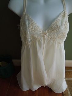 Secret Treasures  Ivory  Baby Doll Lace 2 Pc Nightgown Pegnoir Sz L Sequins #SecretTreasures #BABYDOLLNIGHTGOWN