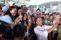 Jokowi Bangga Sepatu Produksi Tangerang Sekelas Manca Negara