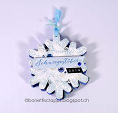 Mini-Album Snowflake Mini Albums, Hanukkah, Snowflakes, Scrapbooking, Christmas Ornaments, Holiday Decor, Home Decor, Decoration Home, Room Decor