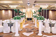 13 of the most romantic hotel ballrooms in Singapore. Photo: Novotel Singapore Clarke Quay http://www.herworldplus.com/weddings/ideas-we-love/13-most-romantic-hotel-ballrooms-singapore