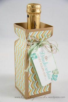 Selbstgemachte Piccolo-Verpackung für ein #Geschenk #Weinkultur #diy