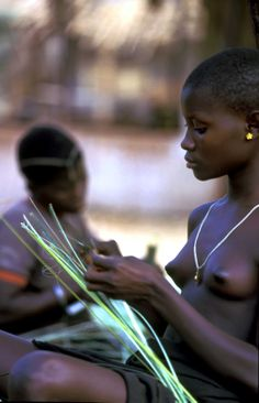 Ragazza, etnia Koma, #Cameroun