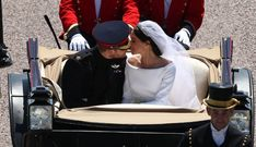 Every Royal Wedding Procession Photo - Meghan Markle Prince Harry Wedding Pictures Prince Harry Et Meghan, Meghan Markle Prince Harry, Princess Meghan, Prince And Princess, Princess Beatrice, Princess Style, Harry And Meghan Wedding, Harry Wedding, Wedding Kiss