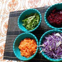 Corantes naturais Acesse ao blog e conheça esta receita entre outras... http://ift.tt/1Th7i0D #comidasustentavel #comidasustentável #comidadeverdade #comidacaseira #comida #comidas #comidasaludable #comidaboacomidadobem #comidalimpa #comidaminimalista #comidarica #comidanatural #comidagostosa #comidadeliciosa #comidabrasileira #comidafamiliar #cook #food #cooking #cookit #cooked #food #foods #foodlovers #eten #brasilsaudavelesustentavel #sustentabilidade by tedeidika http://ift.tt/1Th7tJq