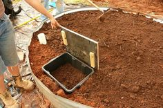 make a garden worm bin