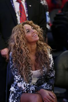 4adf0eba32026 Top 5 Beyonce Hairstyles To Try Today — Famous Beautiful Celebrity Black  Women Hair Ideas