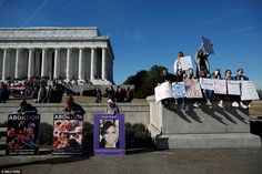 Washington DC: Liberal young women were confronted with anti-abortionists at the Lincoln Memorial on Saturday