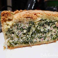 Torta Pasqualina Si chiama così perchè è usanza prepararla per Pasqua