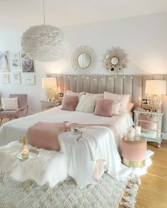 Pink has become a highly desirable accent colour not just in sugary sweet little girls rooms but in sophisticated. Pink Bedroom Decor, Bedroom Decor For Teen Girls, Cute Bedroom Ideas, Room Ideas Bedroom, Girl Bedroom Designs, Pink Vintage Bedroom, Modern Teen Bedrooms, Light Pink Bedrooms, Small Girls Bedrooms