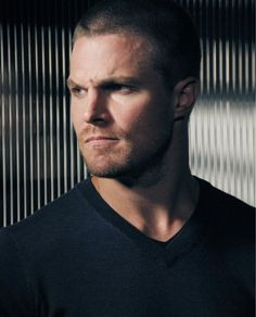 how fricking hot is this man ❤️❤️ Stephen Amell Arrow, Arrow Oliver, Alex King, Tommy Merlyn, Colin Donnell, Oliver And Felicity, Arrow Tv, Emily Bett Rickards, Game Character Design