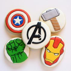cookies for the fan in your life! Iced Cookies, Cute Cookies, Royal Icing Cookies, Cookies Et Biscuits, Cupcake Cookies, Sugar Cookies, Avenger Cupcakes, Avenger Cake, Avengers Birthday Cakes