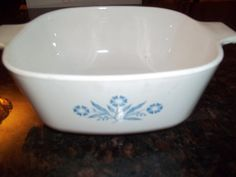 Corning Ware  11/2Quart Corn Flower Casserole Dish by PyrexKitchen, $15.00