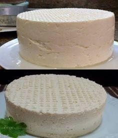 Se você tem 1 litro de leite, 1 iogurte e meio limão, pode preparar o melhor queijo caseiro! I Love Food, Good Food, Yummy Food, My Recipes, Cooking Recipes, Favorite Recipes, Kefir, How To Make Cheese, Food To Make