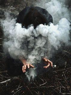 THE TRI-MAGE TRILOGY // A smoke ritual to divine a vision