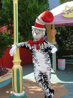 The Cat in the Hat at Islands of Adventure  http://on.fb.me/ypBohG