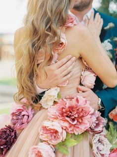 In the midst of planning your dream spring wedding? Check out these 21 creative inspiration ideas for everything from beautiful pastel blooms to stunning bridal style ideas! Christian Matrimony, Dream Wedding, Wedding Day, Garden Wedding, Wedding Blog, Rose Wedding, Perfect Wedding, Georgia Wedding Venues, Wedding Stills