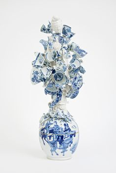 Bouke de Vries, Goddess of the Fragments, 2015, 18th and 19th porcelain fragments and steel, 28.25 x 11.5 x 12.75
