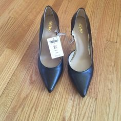 Black pumps New!!!! Classic black pumps side cut out. Great shoes!!! Mossimo Supply Co Shoes Heels