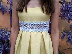 Dare to DIY in English: DIY Project: Crochet waist dress