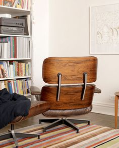 Heirloom Apparent Fifty Years After It Was Purchased, An Lounge Chair And  Ottoman Begins Its Third Chapter With A New Generation Of The Same  Design Loving ...