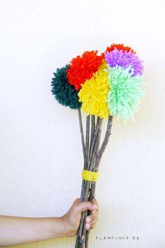 Easy Tutorial How To Make Pom Pom Flowers