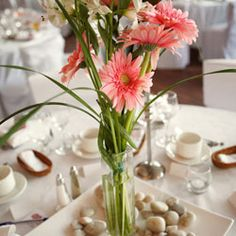Love this! Its so pretty, but very simple & inexpensive to make for a luncheon table