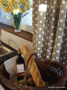 make these kitchen curtains