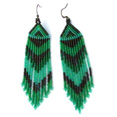 Green Native American Style Long Seed Bead by Anabel27shop on Etsy